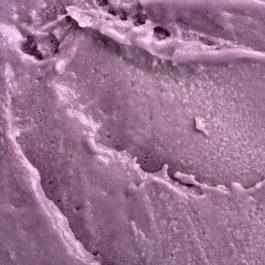 Glace Artisanale aromatisée à la Violette